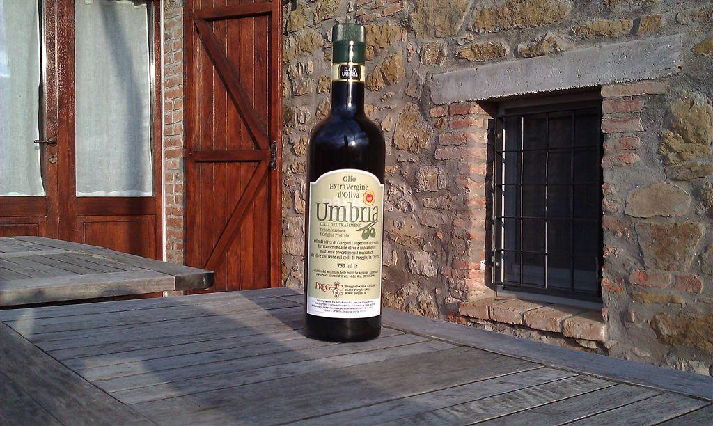 Il nostro Olio Extravergine d'Oliva DOP Umbria è ..  .. la fine del mondo!